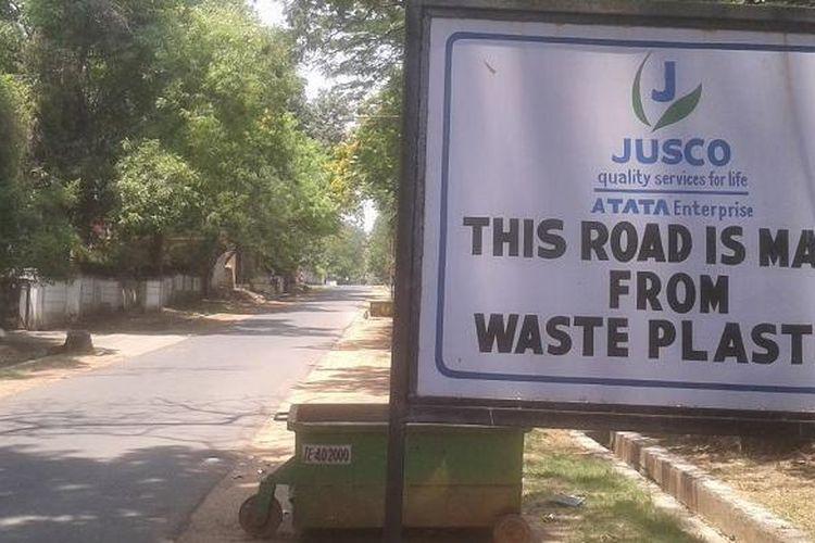 Jalan dari plastik di India
