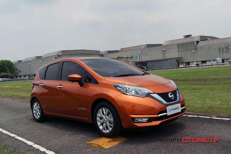 Nissan Note e-Power versi pasar Jepang yang diuji coba di Indonesia, Senin (23/10/2017).