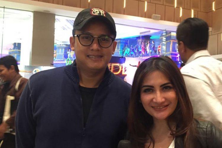 Natalie Sarah dan suaminya, Abdullah Rizal, menghadiri acara pemutaran perdana film Spider-Man: Homecoming untuk Indonesia di IMAX Gandaria City, Jakarta Selatan, pada Selasa (4/7/2017) malam.