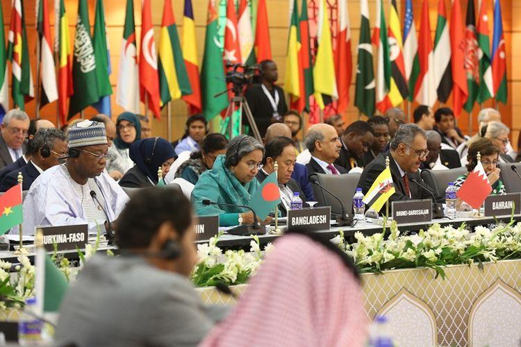 Menteri luar negeri dan diplomat dari 53 negara anggota Organisasi Kerja Sama Islam (OKI) saat menghadiri konferensi di Dhaka, Bangladesh, 6 Maret 2018.