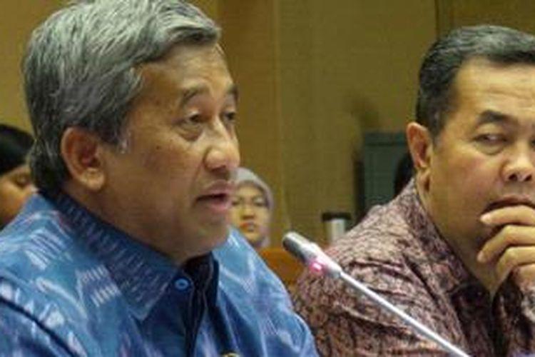 Menteri Pendidikan dan Kebudayaan M Nuh dalam rapat dengar pendapat dengan Komisi X DPR, Jumat (26/4/2913).