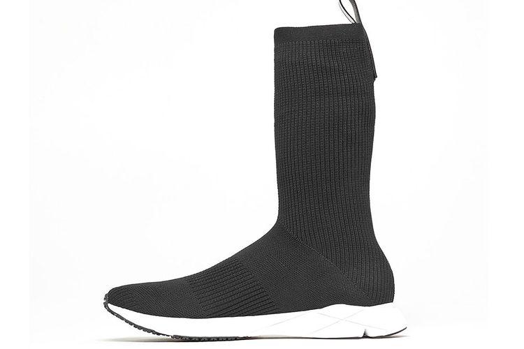 The Reebok Sock Runner Ultraknit