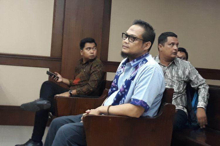 Panitera pengganti Pengadilan Tipikor Medan, Helpandi di Pengadilan Tipikor Jakarta, Senin (14/1/2019).