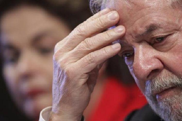 Lula da Silva, mantan Presiden Brasil, divonis penjara hampir 10 tahun pada Rabu (12/7/2017) di Brasilia.