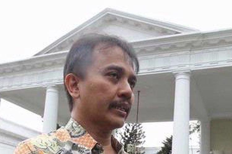 Menpora Roy Suryo.