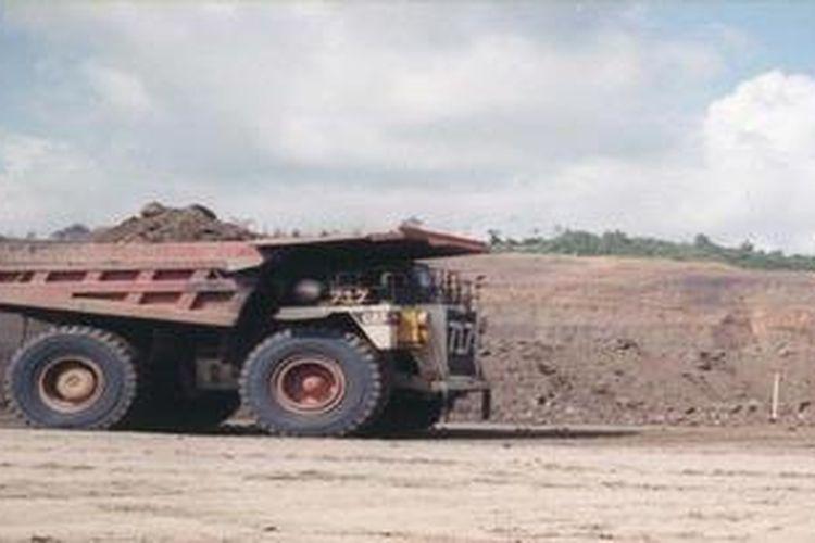 Ilustrasi: truk pengangkut batubara