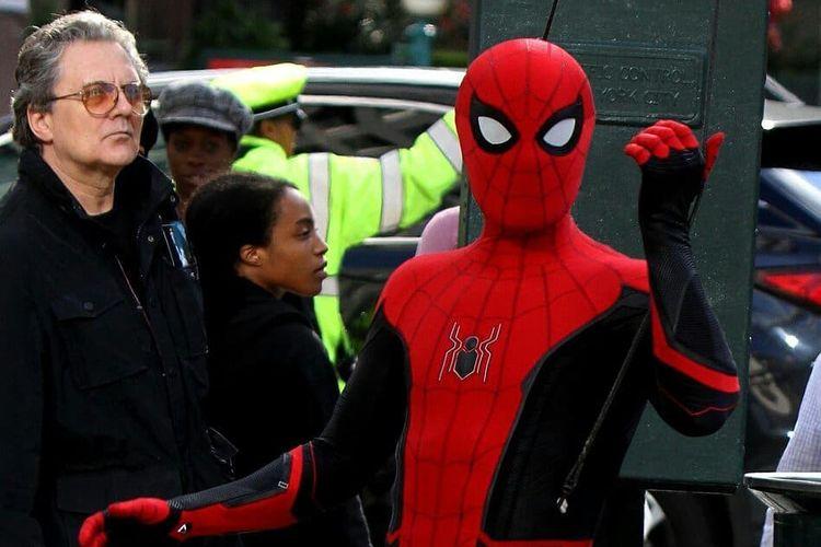Penampilan Spider-Man dengan kostum terbarunya yang akan dikenakan dalam Spider-Man: Far From Home nanti.