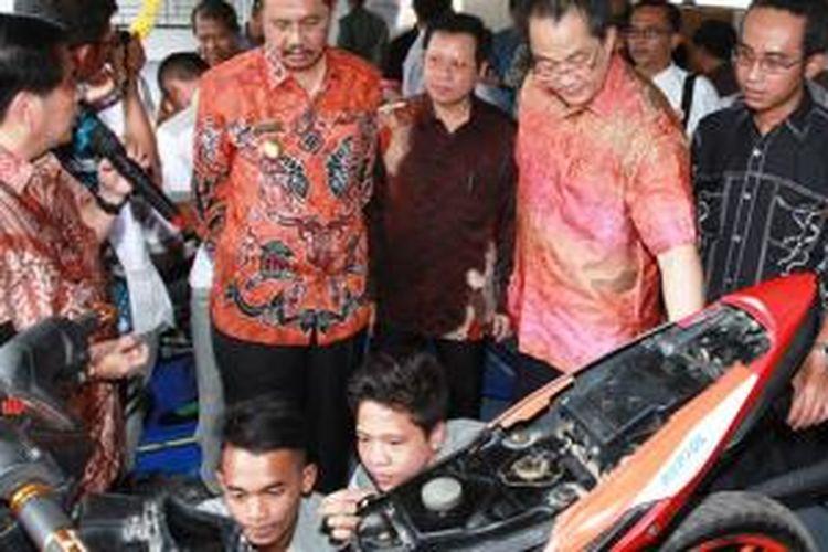 Penerapan kurikulum teknik sepeda motor Honda di SMK Panca Abadi Bangsa, Binjai, Sumatera Utara.