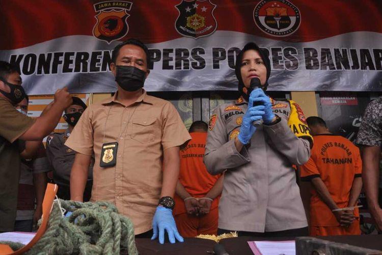 Kapolres Banjar, AKBP Melda Yanny mengekspos kasus pencurian sarang burung walet di Kota Banjar, Jumat siang (9/10/2020). Empat pelaku berhasil ditangkap petugas.