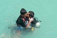 Menyelam 20 Menit, Aksi Heroik Aipda Joel Selamatkan Siswa SD yang Tenggelam dan Hilang Sehari di Sungai