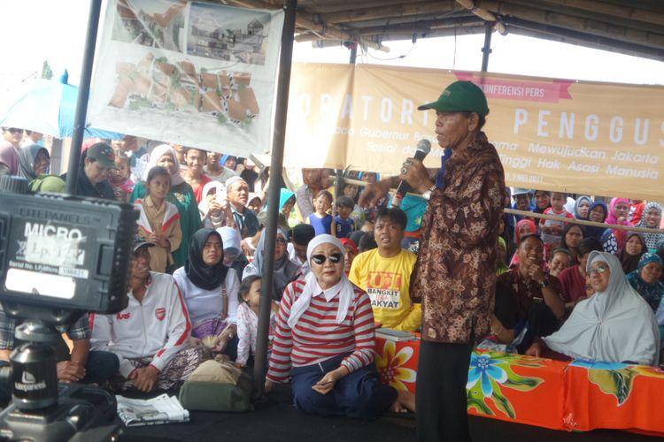 Warga  Pasar Ikan meminta Ahok menghormati proses hukum sebelum kembali memutuskan untuk kembali menggusur warga yang masih bertahan di kawasan tersebut, Rabu (3/5/2017)
