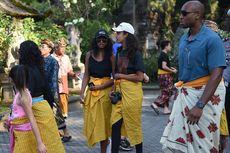 Kunjungi Taman Sari, Dua Putri Obama Pilih