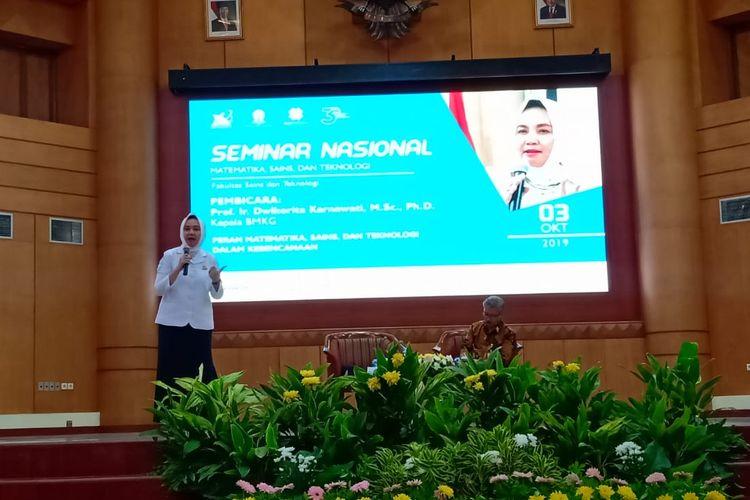 Universitas Terbuka (UT) dengan tema Peran Matematika, Sains dan Teknologi dalam Kebencanaan yang diadakan di Universitas Terbuka Convention Center (UTCC), Tangerang Selatan (3/10/2019).