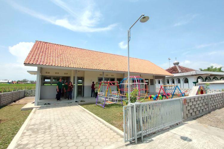 PT Petrojaya Boral Plasterboard melakukan serah terima sekaligus peresmian TK Pertiwi 2 Jelok dan TK Pertiwi Tegalrejo, Kabupaten Boyolali, Jawa Tengah, Sabtu (14/12/2019) lalu.