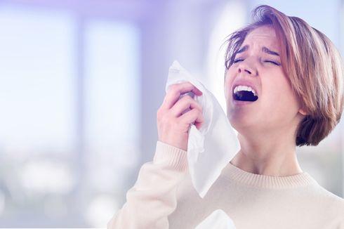 Berdekatan dengan Orang yang Bersin atau Batuk, Harus Lakukan Apa?