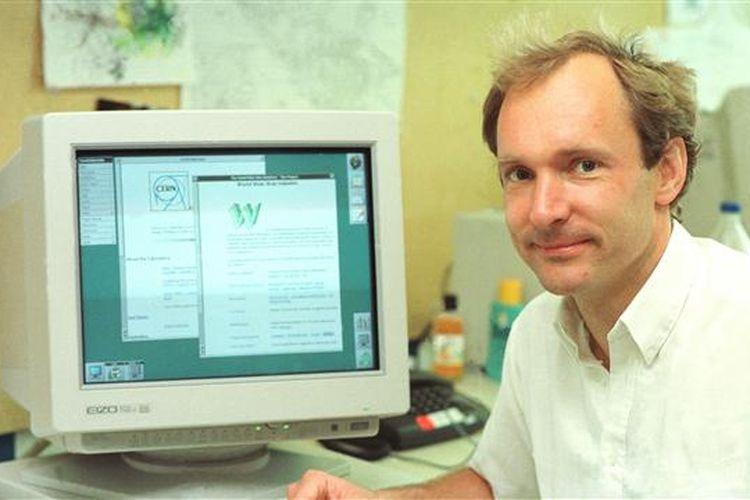 Tim Berners Lee menciptakan World Wide Web ketika bekerja di CERN.