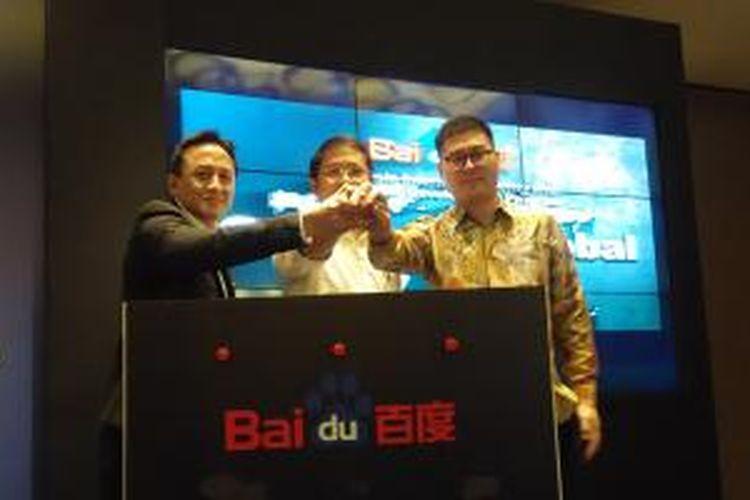 Dari kiri ke kanan, Kepala Badan Ekonomi Kreatif Triawan Munaf, Menteri Komunikasi dan Informatika Rudiantara, Director Baidu Indonesia Bao Jianlei