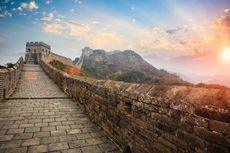 Boleh Corat-coret di Tembok Besar China?