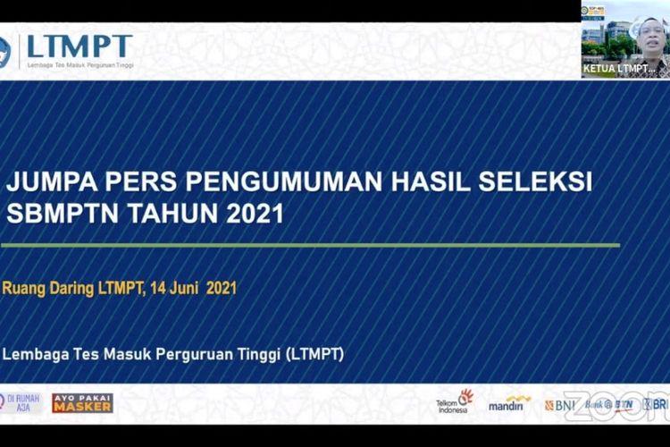 Ketua Tim Pelaksana LTMPT Prof. Moh Nasih saat mengumumkan hasil Seleksi SBMPTN 2021 secara daring, Senin (14/6/2021).