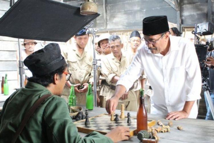 Calon Gubernur Sumatera Utara Djarot Saiful Hidayat turut hadir untuk membuka kegiatan shooting Nagabobar Reborn di Kawasan Setiabudi, Medan, Sumatera Utara, Rabu (23/5/2018) lalu.