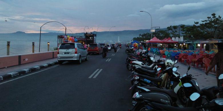 Suasana di Pantai Seruni di Kabupaten Bantaeng, Sulawesi Selatan.