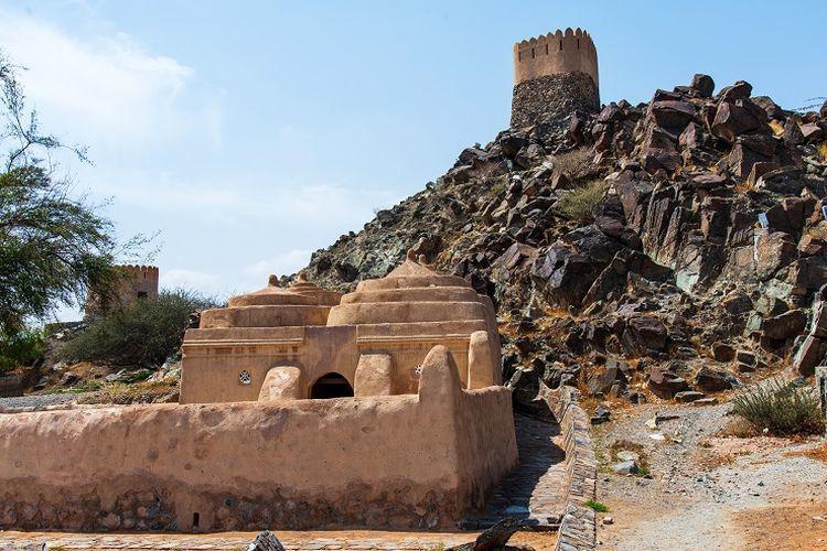Ilustrasi masjid - Masjid Al Bidya, masjid tertua di Uni Emirat Arab.
