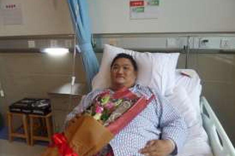Hendra Gunawan setelah menjalani operasi bypass lambung di Rumah Sakit Jinshazhou, Guangzhou, Beijing, Rabu (9/3/2016).