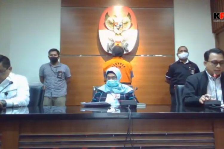 Konferensi pers penahanan Hong Artha, tersangka kasus dugaan suap terkait proyek Kementerian PUPR, di Gedung Merah Putih KPK, Senin (27/7/2020).