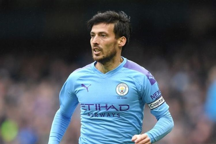 David Silva dari Manchester City beraksi saat pertandingan Liga Premier antara Manchester City melawan Aston Villa di Stadion Etihad