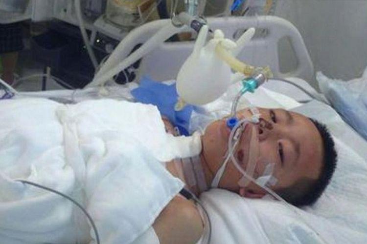 Coba Lindungi Ibunya Dari Kebakaran Bocah Ini Kritis Di Rumah Sakit