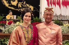 Istri Mensos Loemongga Haoemasan Menawan dengan Baju Kurung
