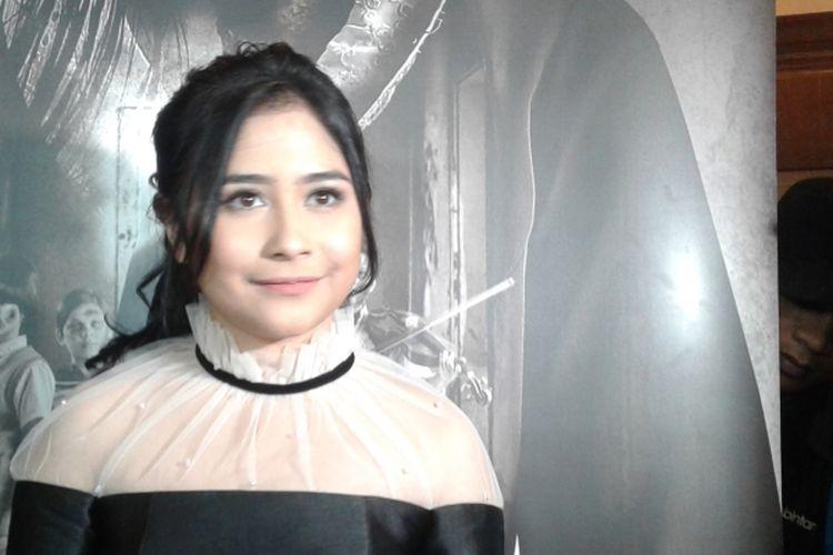 Prilly Latuconsina hadir dalam acara rilis film Danur di Metropole XXI, Cikini, Jakarta Pusat, pada Senin (27/3/2017).