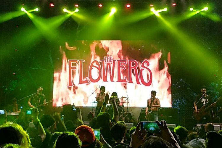 The Flowers tampil di Synchronize Fest 2019 di Gambir Expo, Kemayoran, Jakarta Pusat, Minggu (6/10/2019).