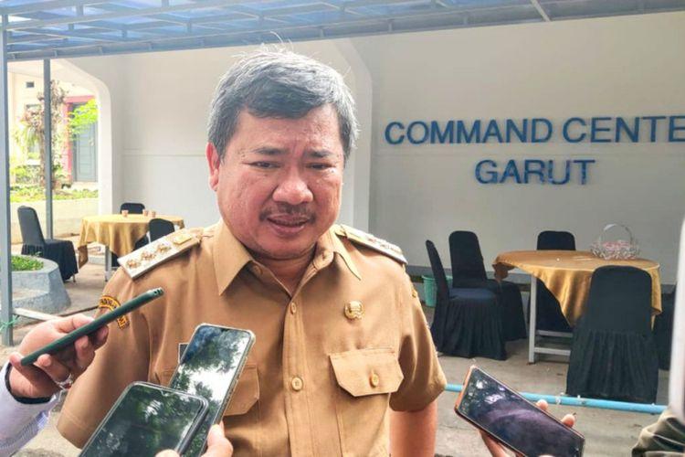 Bupati Garut Rudy Gunawan akan melakukan klarifikasi soal status zona kuning Kabupaten Garut pasca semua pasien positif Covid-19 sembuh