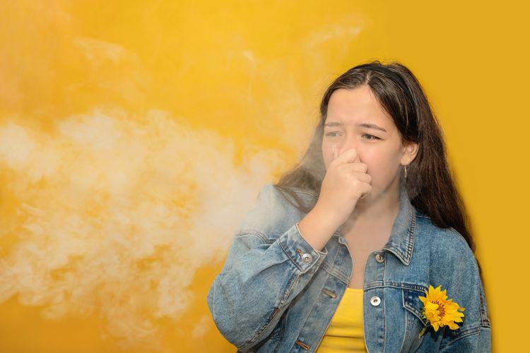 Ilustrasi asap rokok, bau asap rokok, asap rokok penyebab kanker paru-paru
