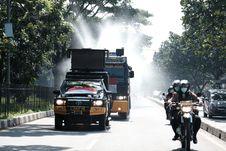 5.312 Desa di Jawa Barat Lakukan Penyemprotan Disinfektan Serentak