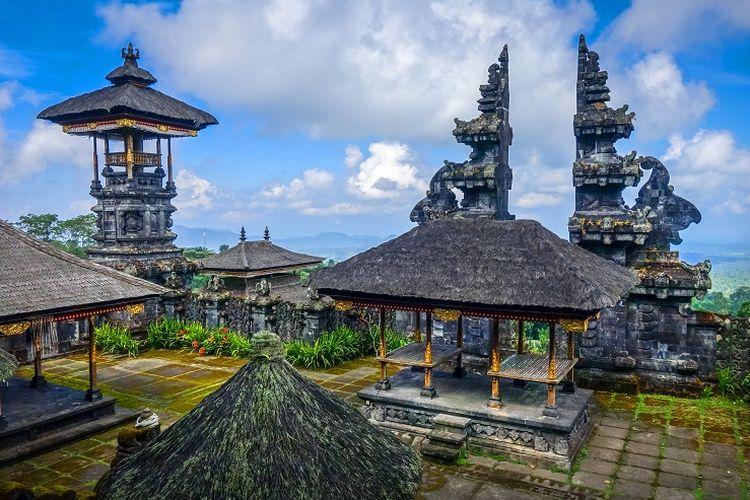 Ilustrasi Bali - Pura Besakih.