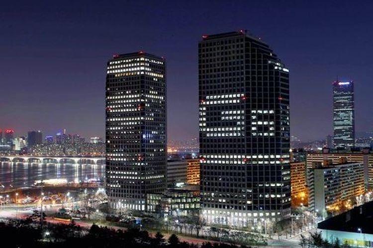 Kantor LG di Korea Selatan yang memambang nama model smartphone besutannya LG G6.