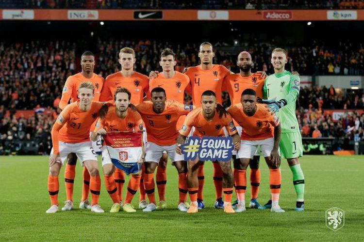 Susunan starter timnas Belanda pada laga Belanda vs Irlandia Utara dalam kualifikasi Euro 2020 di Stadion Feyenoord, 10 Oktober 2019.