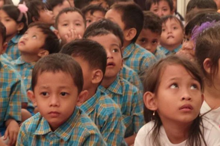 Sekitar seratus anak dari Rusunawa Marunda mengunjungi Balaikota, Jakarta Pusat, Selasa (22/4/2014).
