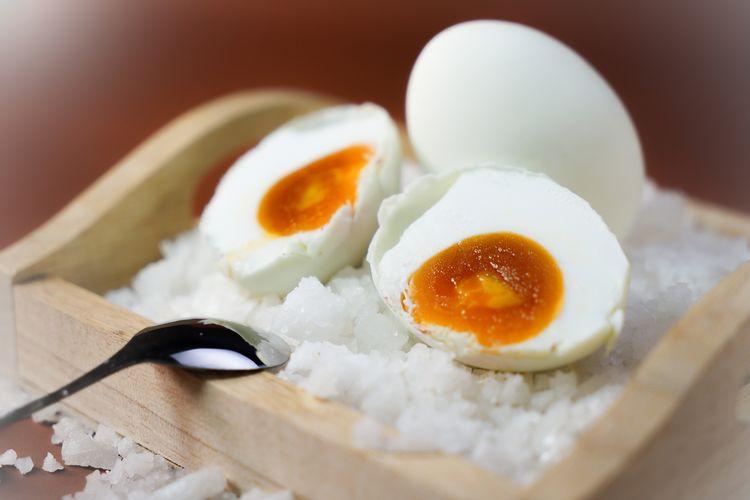 Ilustrasi telur asin