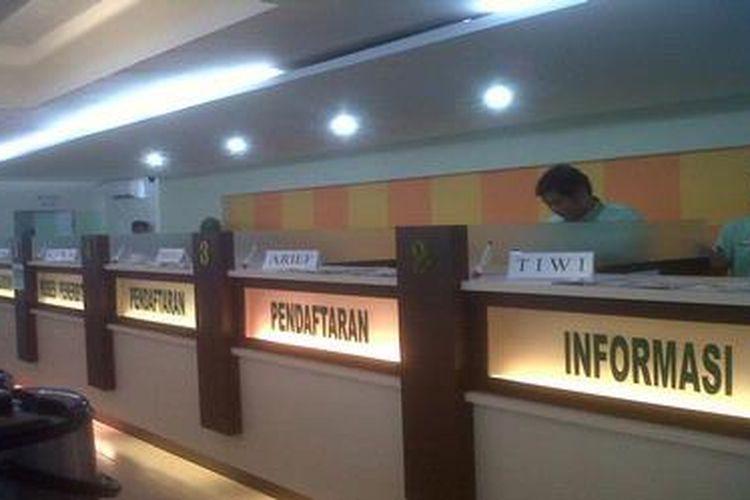 Ilustasi di Kantor Pelayanan Perizinan Terpadu (KP2T) Provinsi Kalimantan Selatan.
