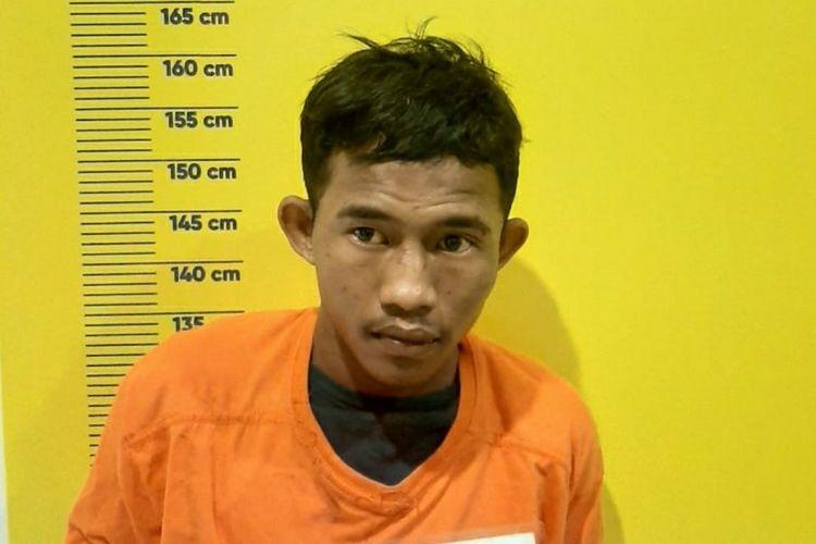 Salah satu pelaku jambret yang ditangkap dan dilumpuhkan petugas Unit Reskrim Polsek Tampan di Kota Pekanbaru, Riau, Selasa (9/3/2021).