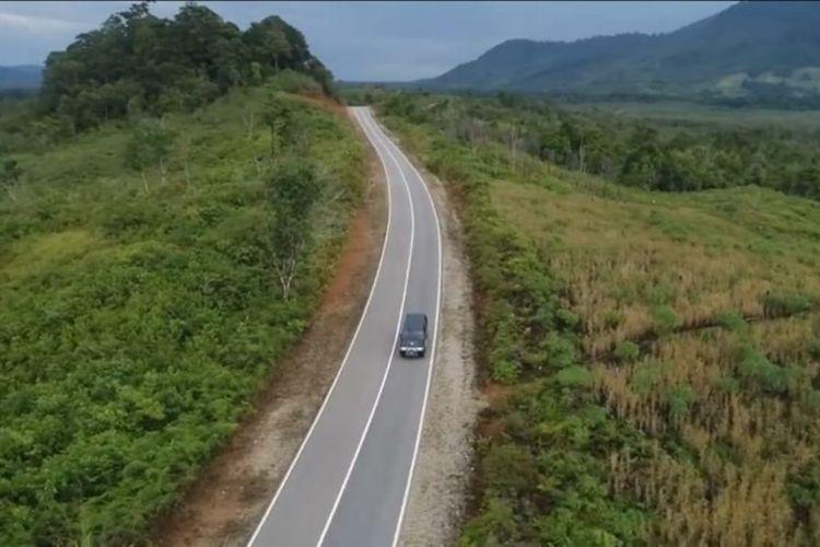 Jalan Perbatasan Indonesia-Malaysia di Kalimantan