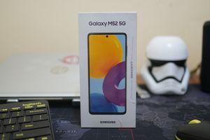 Unboxing dan Kesan Pertama Menggenggam Galaxy M52 5G