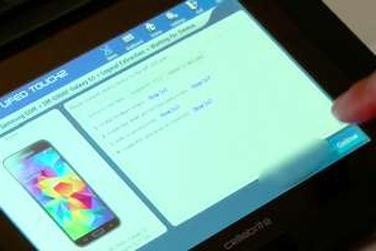 Perangkat UFED yang dipakai oleh VP Business Development of Forensics Cellebrite, Yuval Ben Moshe, saat melakukan demonstrasi menembus kunci pengaman ponsel dalam wawancara dengan BBC.