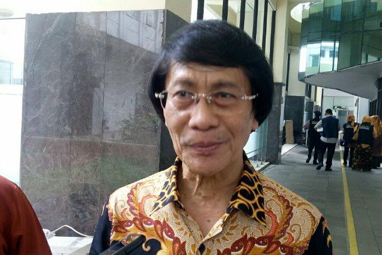 Ketua Lembaga Perlindungan Anak Indonesia (LPAI), Seto Mulyadiberharap Polres Tangerang Selatan untuk dapat segera menangani kasus anak pemerkosaan ayah terhadap anak tirinya.