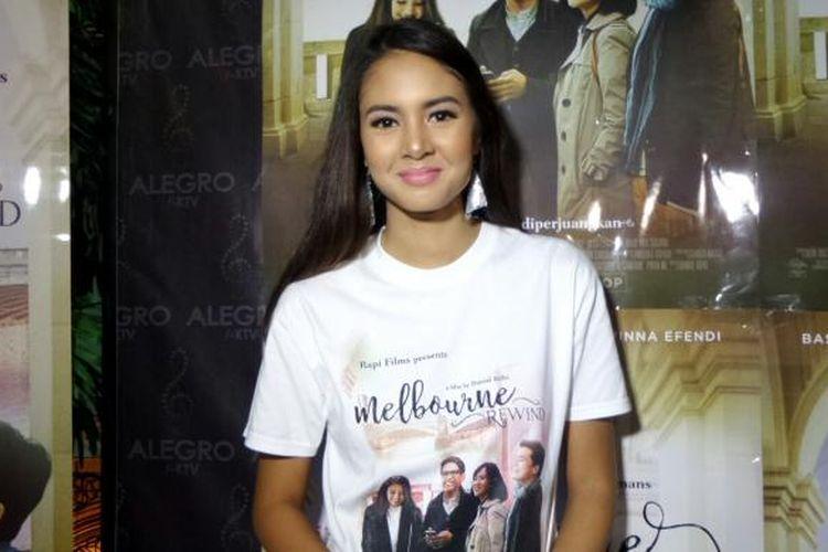 Aurelie Moeremans hadir dalam jumpa pers film Melbourne: Rewind di Epicentrum Walk, Kuningan, Jakarta Selatan, Kamis (10/11/2016).