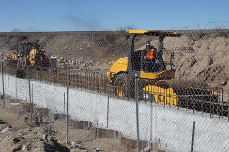 Beginilah situasi perbatasan antara AS dan negara bagian Ciudad Juarez, Meksiko. Sebagian perbatasan kedua negara memang dipagari, tetapi Presiden Donald Trump bersikukuh menginginkan tembok pembatas.