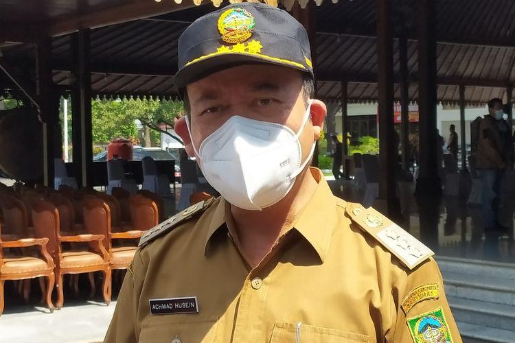 Bupati Banyumas Achmad Husein di kompleks Pendapa Sipanji Purwokerto, Kabupaten Banyumas, Jawa Tengah, Senin(12/7/2021).